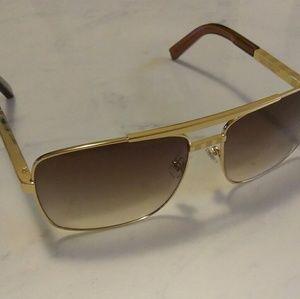 LV Attitude sunglasses gold